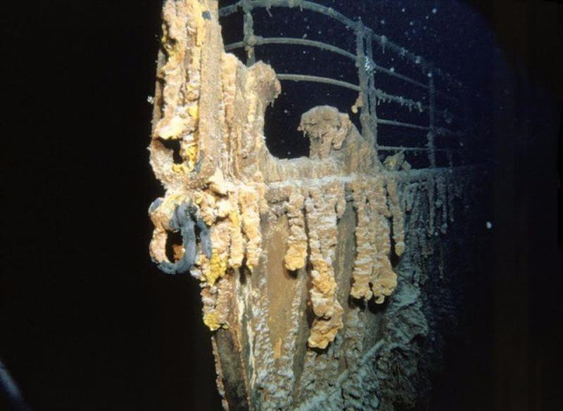 1985 में ली गई पहली जलमग्न टाइटैनिक की यह तस्वीर।