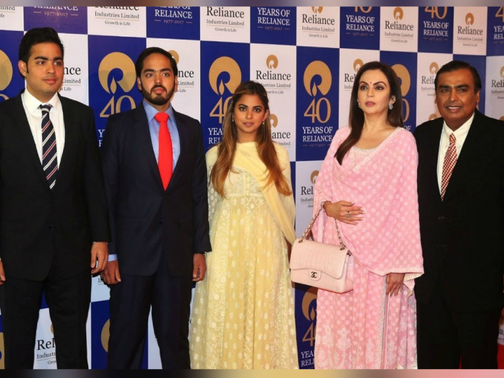 Mukesh Ambani, with wife Neeta, daughter Isha, sons Anant and Akash.