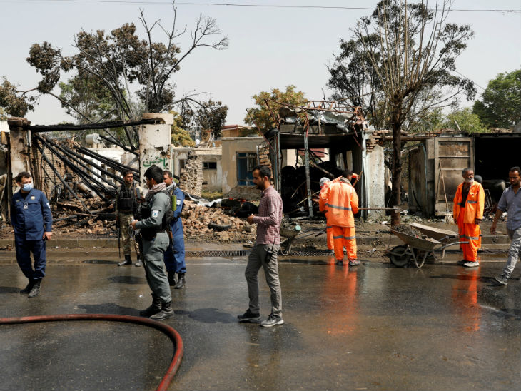 Police arrived to investigate the blast. The explosion occurred near the gas cylinder shop.
