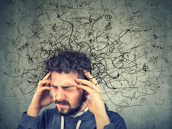 कोरोनाकाल में बिगड़ सकता है लोगों का मानसिक संतुलन, 32% लोगों को डिप्रेशन और 40% को नींद कम आने की समस्या हो सकती है|लाइफ & साइंस,Happy Life - Dainik Bhaskar
