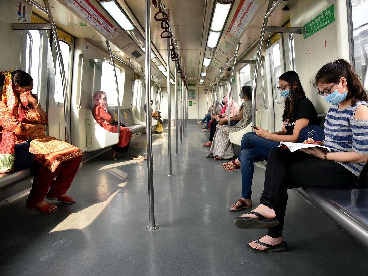 दिल्ली में पिंक और यलो लाइन के बाद गुरुवार से रेड और ग्रीन लाइन पर भी मेट्रो शुरू हो गई। दिल्ली में गुरुवार को 4 हजार से ज्यादा मामले सामने आए। - Dainik Bhaskar