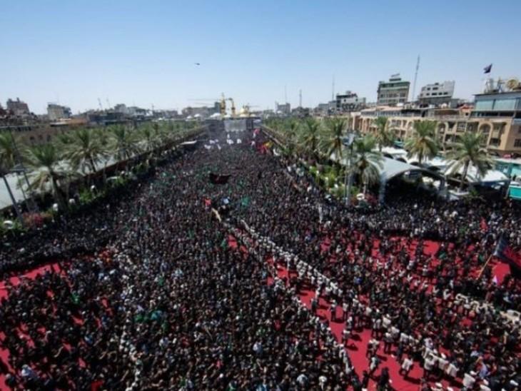 कराची में शिया मुसलमानों के खिलाफ प्रदर्शन करते लोग।