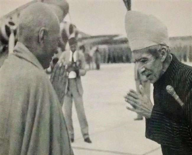 Photograph of Sardar Patel and Nizam of Hyderabad.
