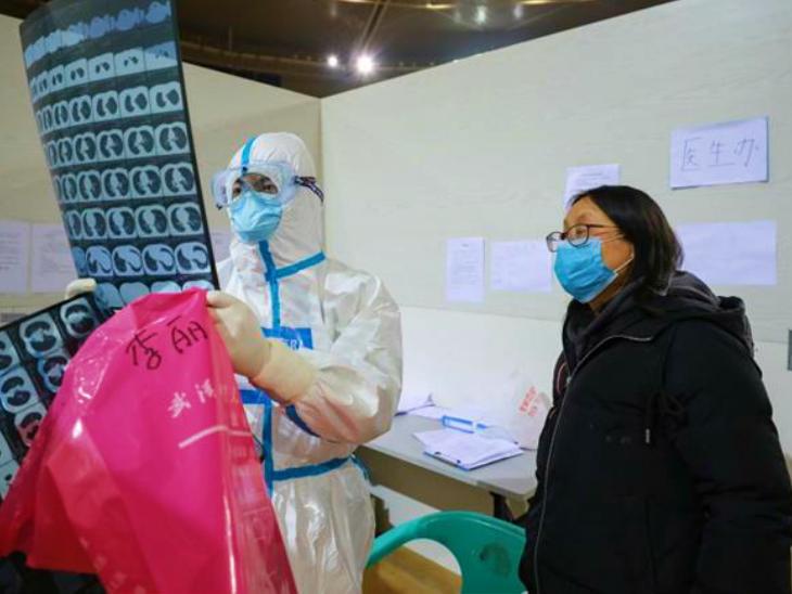 यूनान प्रांत के रूइली शहर को संक्रमण के खतरे के मद्देनजर पूरी तरह बंद करने का फैसला किया है। यहां कुछ दिन पहले दो मरीज मिले थे। बताया जाता है कि दोनों मरीज म्यांमार की सीमा पार कर चीन आए थे। (फाइल)