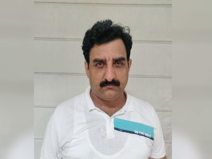 यूपी एसटीएफ ने तथाकथित पत्रकार संतोष मिश्रा को दबोचा, आरोपियों के मामले मैनेज करने के लिए लेता था पैसे|उत्तरप्रदेश,Uttar Pradesh - Dainik Bhaskar