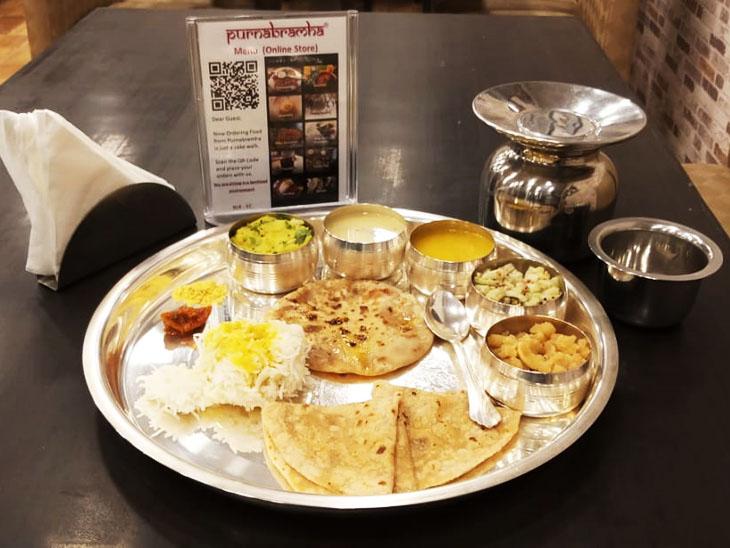 जयंती अब अपने रेस्टोरेंट में कई तरह की स्पेशल थाली भी प्रोवाइड करवाती हैं, जिनकी ग्राहकों के बीच काफी डिमांड है।