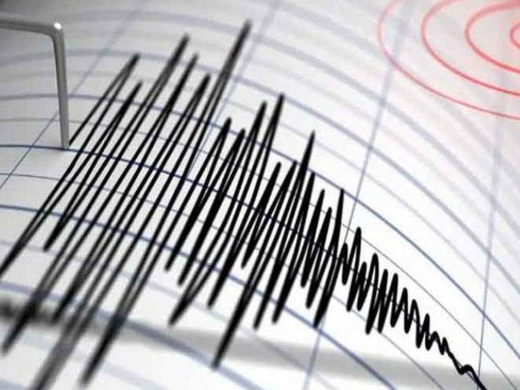 नेशनल सेंटर फॉर सिस्मोलॉजी (एनसीएस) ने भी कहा कि रात 9.40 बजे जम्मू-कश्मीर के श्रीनगर में भूकंप के झटके महसूस किए गए। -फाइल फोटो - Dainik Bhaskar