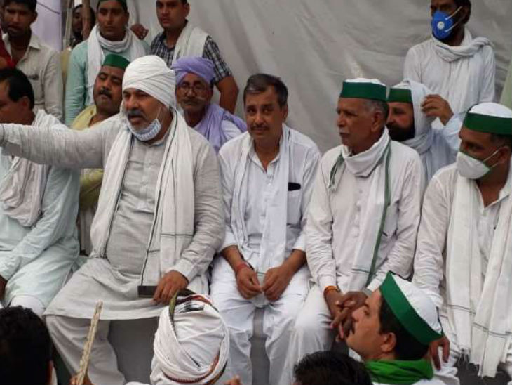 तीन दिन पहले भारतीय किसान यूनियन ने कृषि विधेयक के विरोध में कलेक्ट्रेट में धरना प्रदर्शन किया था। अब किसान 25 सिंतबर को चक्काजाम की तौयारी कर रहे हैं।