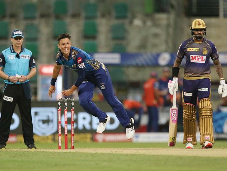 मुंबई के तेज गेंदबाज ट्रेंट बोल्ट ने सीजन का दूसरा मेडन ओवर डाला। यह मैच की दूसरी पारी का पहला ओवर था।