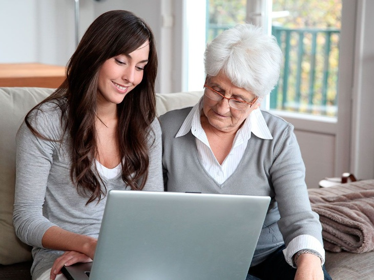 The daughters have helped them a lot in making the elderly a tech savvy.