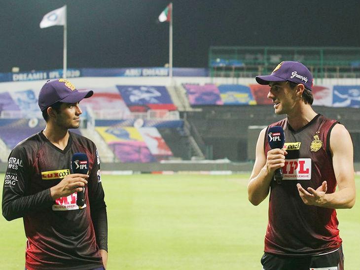मैच जीतने के बाद कोलकाता के ओपनर शुभमन गिल और तेज गेंदबाज पैट कमिंस।