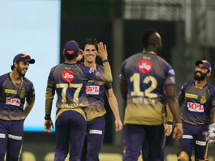 हैदराबाद को कम रन पर रोकने के बाद कोलकाता के खिलाड़ियों के चेहरे पर खुशी दिखी।