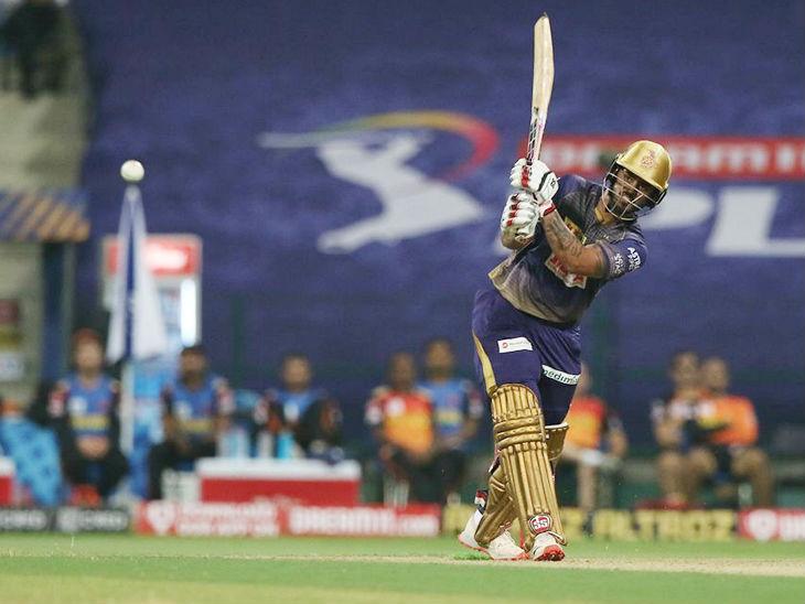 कोलकाता टीम के नीतीश राणा ने 13 बॉल पर 26 रन की पारी खेली।