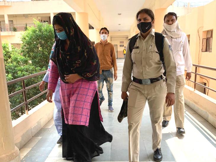 बच्ची से देह व्यापार कराने वाली प्रियंका सिंह चौहान को 20 साल जेल की सजा सुनाई गई है।