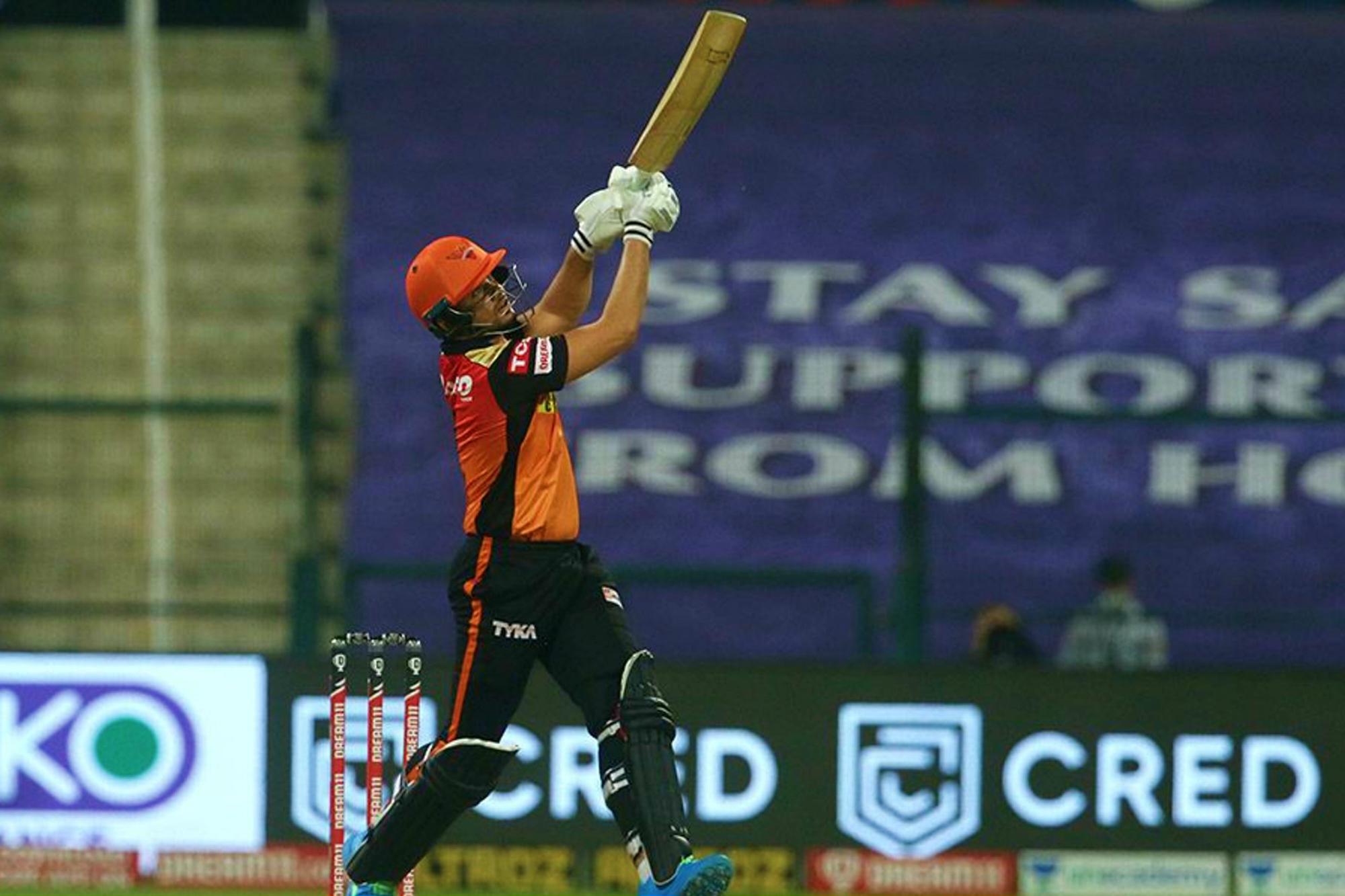 अब्दुल समद टूर्नामेंट में खेलने वाले जम्मू-कश्मीर के चौथे क्रिकेटर बने, हैदराबाद के लिए डेब्यू मैच में 7 बॉल पर 12 रन बनाए IPL 2020,IPL 2020 - Dainik Bhaskar