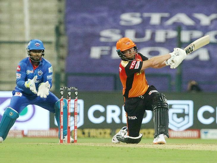 हैदराबाद के लिए ओपनर जॉनी बेयरस्टो ने सबसे ज्यादा 53 रन की पारी खेली।