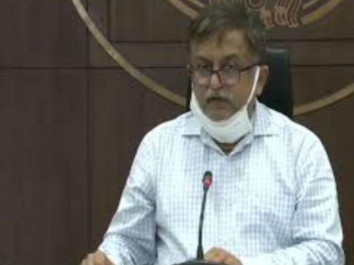 यूपी सरकार ने आईएएस अधिकारी अवनीश अवस्थी को अपर मुख्य सचिव सूचना के पद से हटा दिया है। बाकी के विभाग के हालांकि उनके पास यथावत बने रेंगे - Dainik Bhaskar