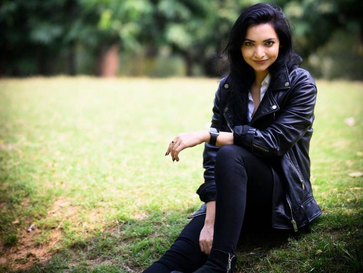 पुष्पम प्रिया चौधरी ने लंदन स्कूल ऑफ इकोनॉमिक्स से मास्टर्स की डिग्री की है।