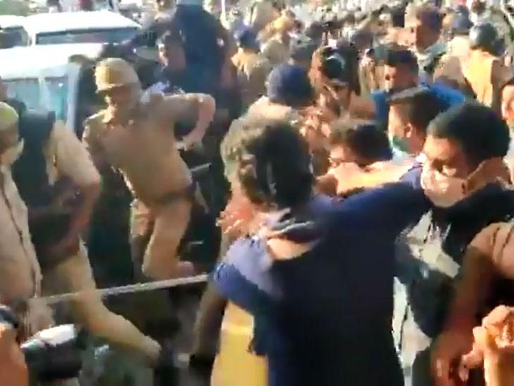 प्रियंका और राहुल कांग्रेस के 35 सांसदों के साथ हाथरस जाने के लिए निकले थे। लेकिन, नोएडा बॉर्डर पर पुलिस ने कांग्रेस नेताओं को आगे जाने से रोक दिया।