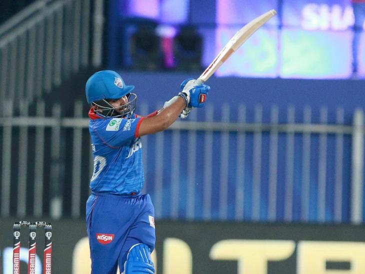 दिल्ली के पृथ्वी शॉ ने शानदार बल्लेबाजी की। उन्होंने 66 रन की पारी खेली।
