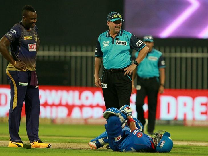 बल्लेबाजी के दौरान पृथ्वी शॉ चोटिल भी हुए। उन्होंने अपनी पारी में 4 चौके और 4 छक्के लगाए।
