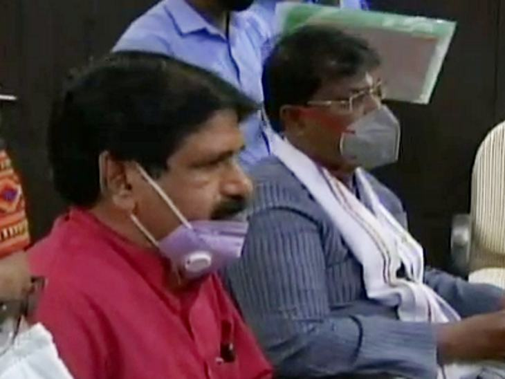 ग्रामीण जिला अध्यक्ष सदाशिव यादव और गुड्डू ने डीआईजी को लिखित शिकायत की है।