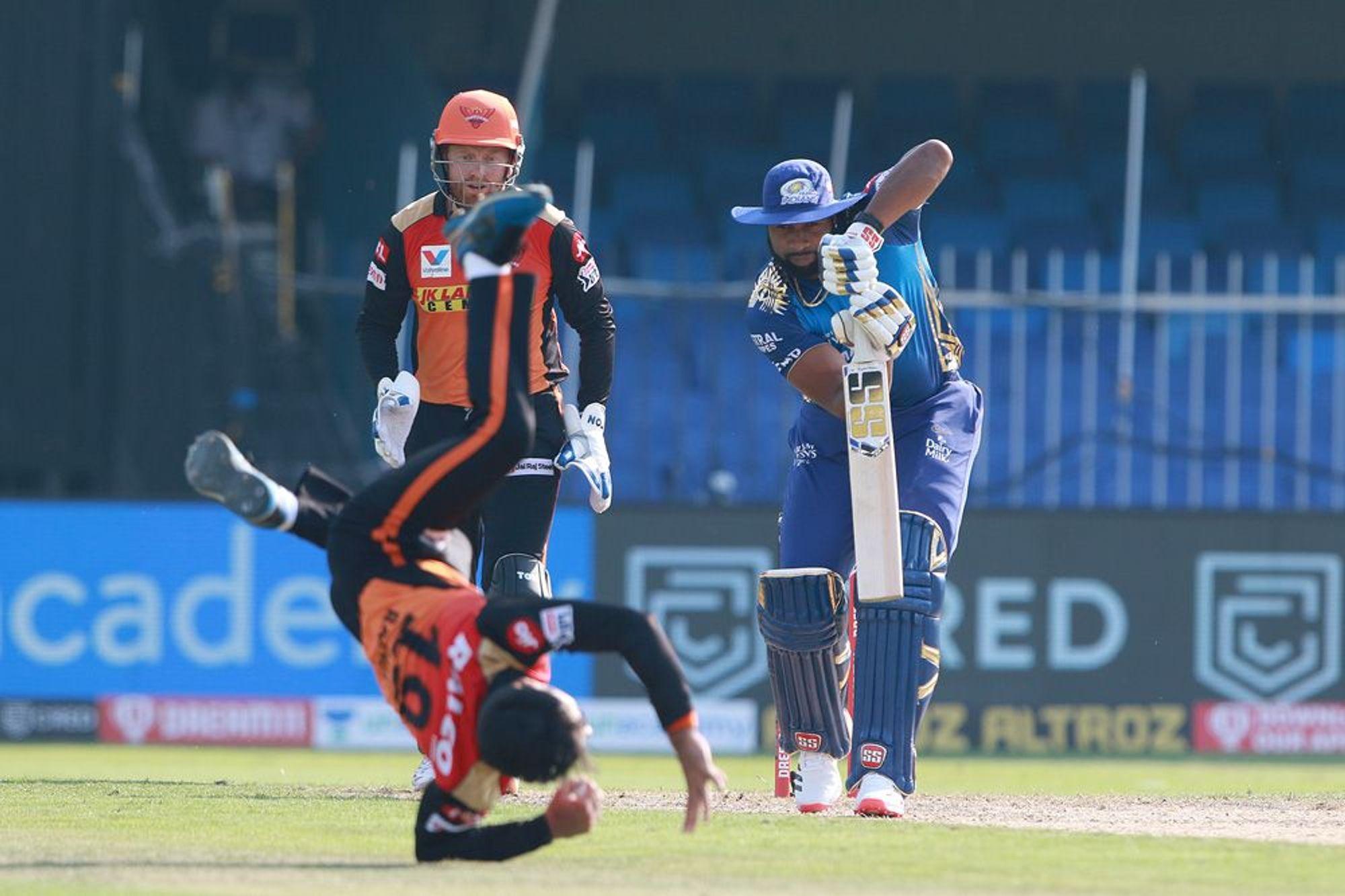 राशिद को विकेट भले ही नहीं मिला, लेकिन उन्होंने फील्ड में टीम के लिए खूब रन बचाए।