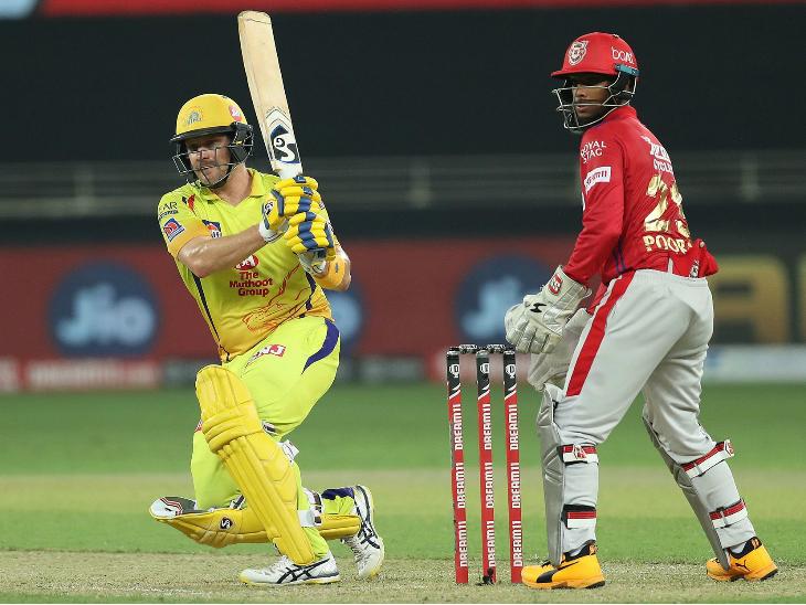 चेन्नई के ओपनर शेन वॉटसन ने सीजन की पहली फिफ्टी लगाई। उन्होंने 83 रन की नाबाद पारी खेली।