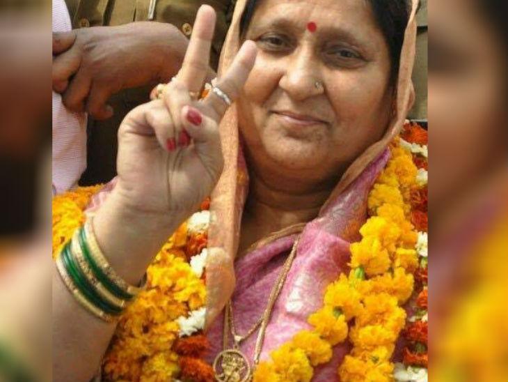 विधायक विजय मिश्र की पत्नी रामलली। - Dainik Bhaskar