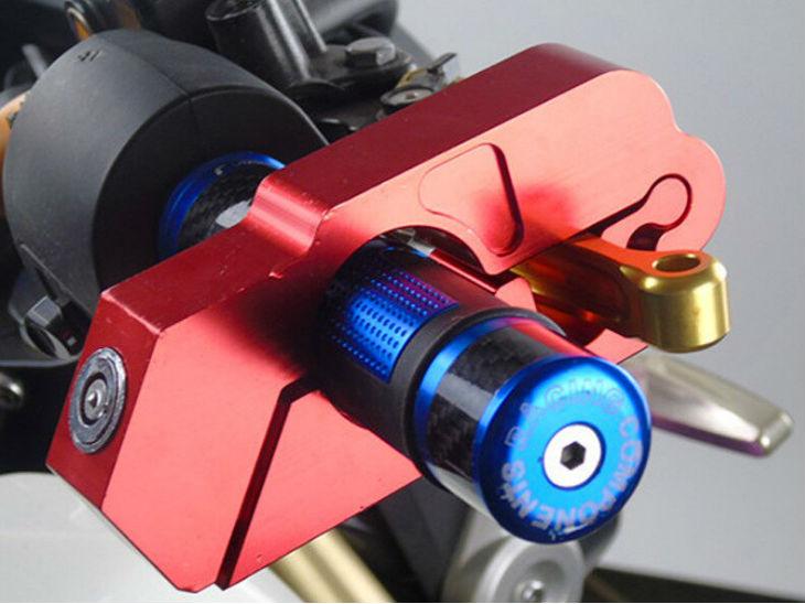 बाइक-स्कूटर चोरी हो जाने का है टेंशन तो अब चिंता छोड़िए, क्योंकि यह छोटा सा गैजेट जगह से हिलने नहीं देगा आपका टू-व्हीलर
