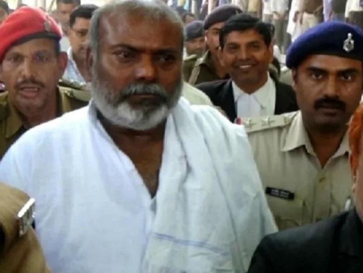 राजबल्लभ यादव नवादा से राजद विधायक हैं। पटना की विशेष अदालत ने उन्हें रेप केस में उम्र कैद की सजा सुनाई है।