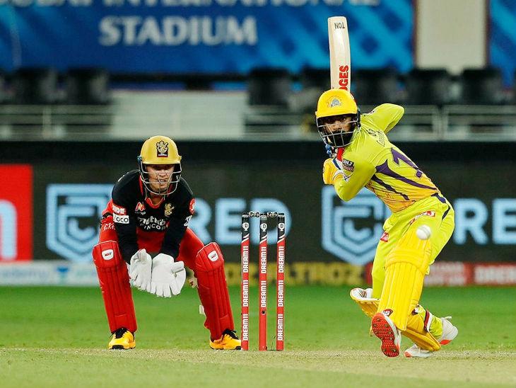 आईपीएल में डेब्यू करने वाले चेन्नई सुपर किंग्स के नारायण जगदीसन ने 28 बॉल पर 33 रन की पारी खेली।