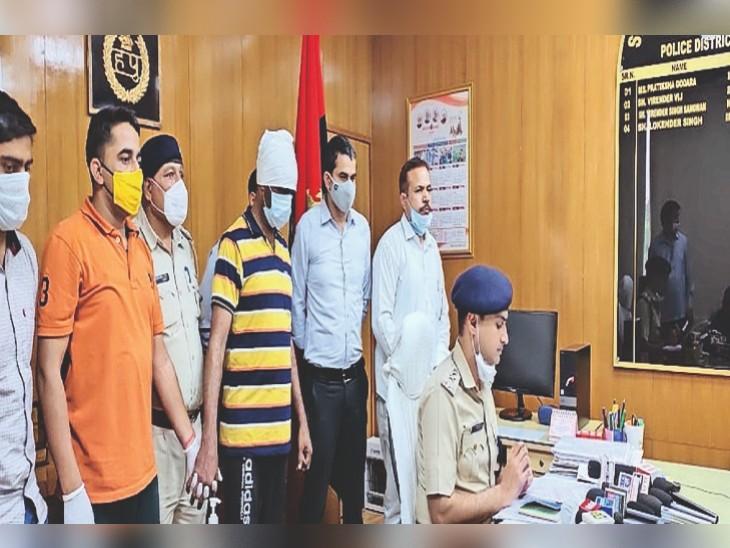 पुलिस गिरफ्त में आरोपी राममेहर।
