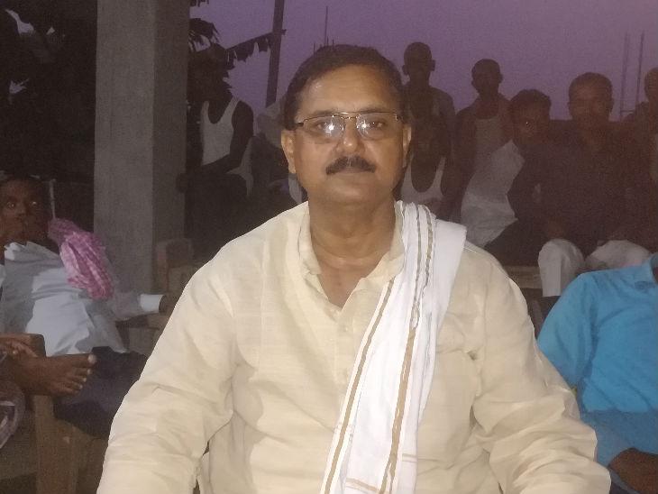 इस बार आरजेडी के स्थानीय नेता और अब बागी सतेंद्र कुमार राय यहां से दावेदारी कर रहे हैं।