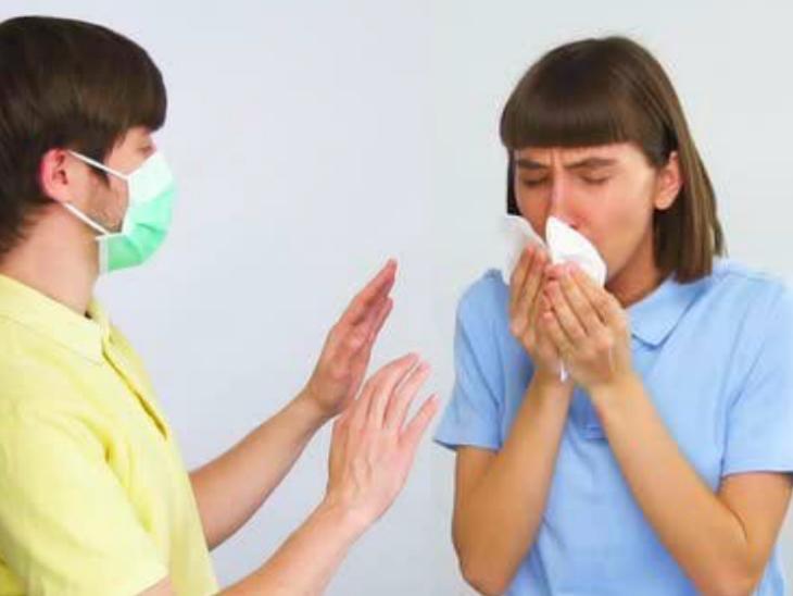 सर्दियों में सांस की नली से निकलने वाले रेस्पिरेट्री ड्रॉप्लेट्स कोरोना का संक्रमण और ज्यादा फैला सकते हैं क्योंकि कम तापमान पर ये वाष्पित भी नहीं होते लाइफ & साइंस,Happy Life - Dainik Bhaskar