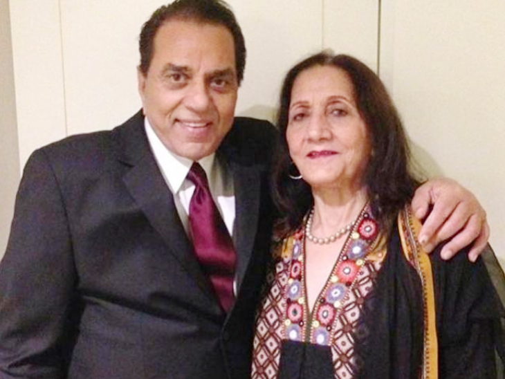Dharmendra and his first wife Prakash Kaur.