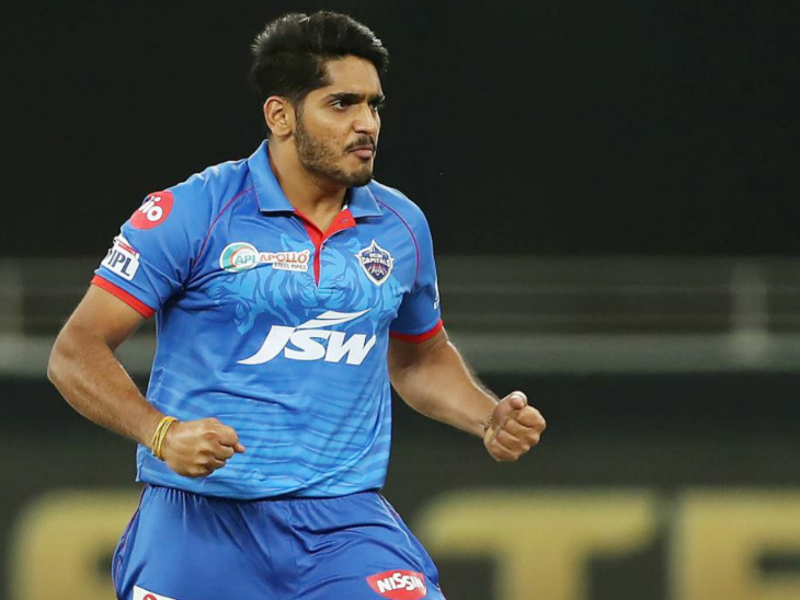 Delhi fast bowler Tushar Deshpande made his IPL debut.  He took 2 wickets for 37 runs in 4 overs.  Tushar had to defend 22 runs in the last over against Rajasthan and conceded just 8 runs.