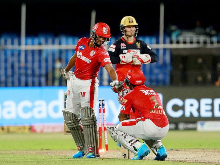 पूरन के छक्का लगाने और मैच जीतने के बाद इस तरह घुटने पर बैठकर राहत की सांस लेते नजर आए पंजाब के कप्तान राहुल।