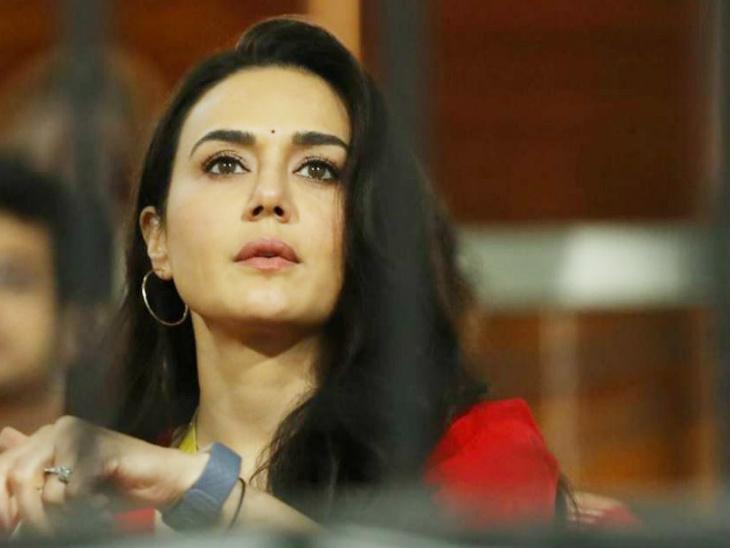 आखिरी ओवर में मैच फंसता देख टेंशन में आ गईं थीं किंग्स इलेवन पंजाब की मालकिन प्रीति जिंटा।