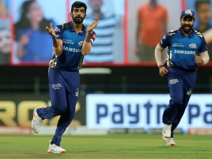 बुमराह ने बाउंसर पर आंद्रे रसेल को आउट कर टीम को बड़ी सफलता दिलाई।