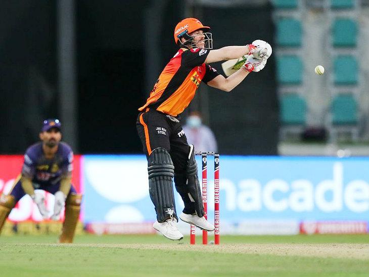 हैदराबाद के कप्तान डेविड वॉर्नर ने 33 बॉल पर 47 रन की नाबाद पारी खेली, लेकिन अपनी टीम को मैच नहीं जिता पाए।