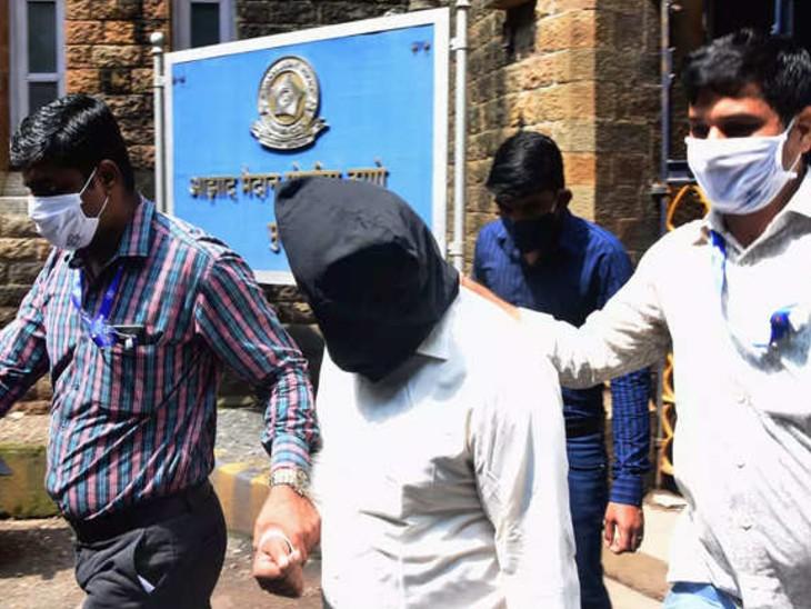 उत्तर प्रदेश सरकार की सिफारिश पर सीबीआई ने एफआईआर दर्ज कर शुरू की जांच, लखनऊ के हजरतगंज पुलिस स्टेशन में भी दर्ज हुआ है केस महाराष्ट्र,Maharashtra - Dainik Bhaskar
