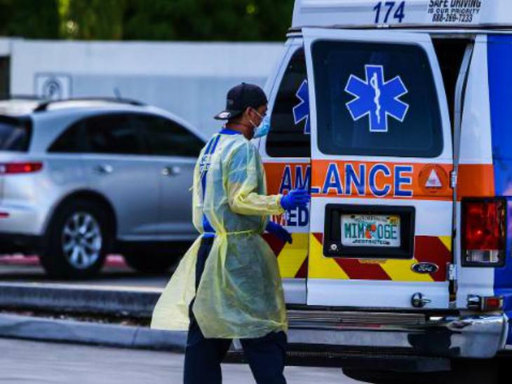 अमेरिका में करीब एक हफ्ते से हर दिन करीब 50 हजार से ज्यादा नए संक्रमित मिल रहे हैं। हालांकि, इसी दौरान ठीक होने वाले लोगों की संख्या भी बढ़ी है। (फाइल)