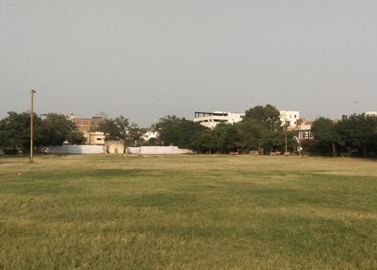 इस बार सूना रह गया आदर्श नगर का दशहरा मैदान, यहां 1960 में रामलीला और रावण दहन का आयोजन शुरु हुआ था। लेकिन कोरोना महामारी की वजह से पहली बार यह परंपरा टूट गई।