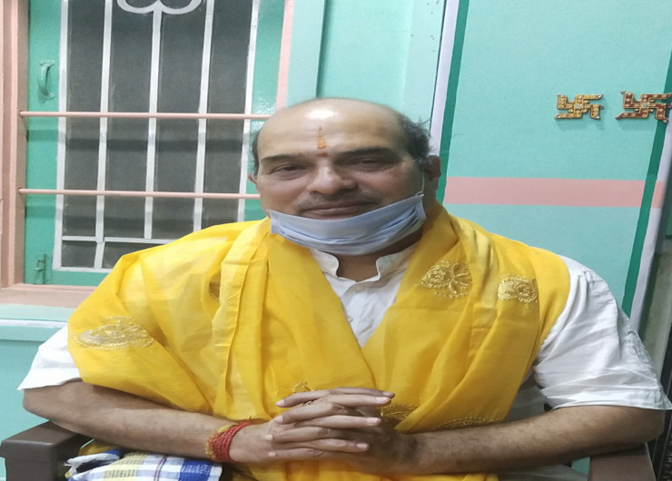 रामलीला मैदान मेला आयोजन समिति के पदाधिकारी प्रवीण बड़े भैया ने बताया कि यह पहला मौका होगा। जबकि 70 साल पुरानी रावण दहन की परंपरा टूटेगी।