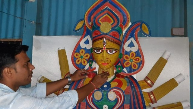 Sanjib also prepared a 166-kg statue of Maa Durga with electric wires last year.