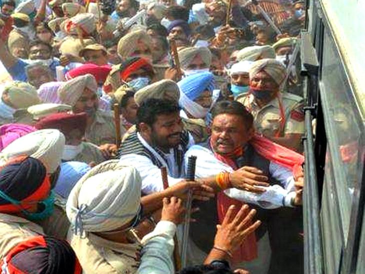 यात्रा के दौरान भाजपा के कई नेताओं को पुलिस ने गिरफ्तार किया।