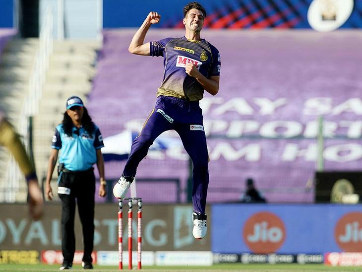 195 रन का पीछा करने उतरी दिल्ली को पैट कमिंस ने 2 झटके दिए। मैच में उन्होंने 3 विकेट लिए।