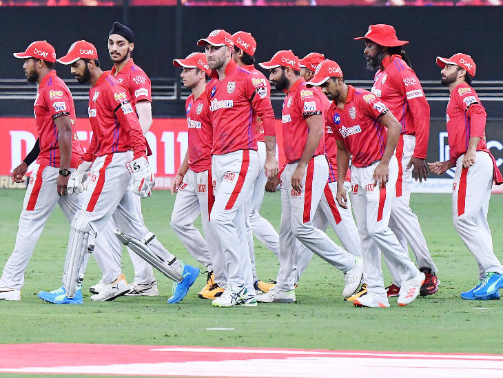 The Punjab team came out of the match with a black belt.  True, Mandeep's father Hardev Singh died on Friday.  Punjab players formed a black band to pay tribute to him.