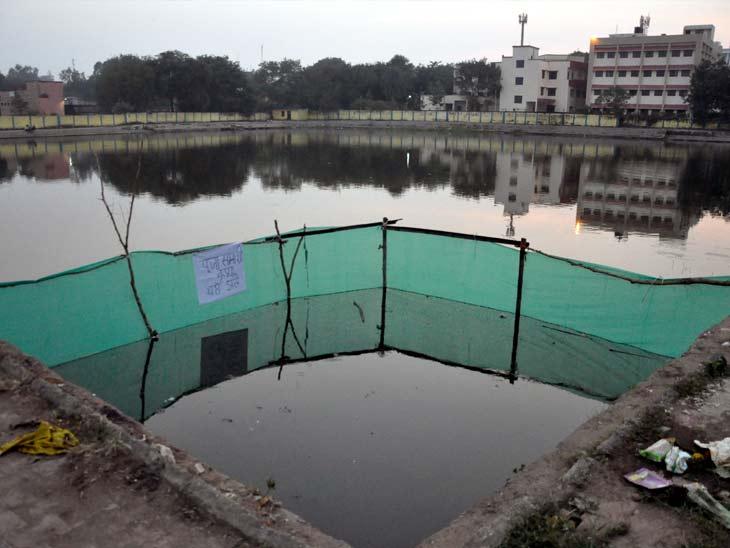 नगर निगम ने अधिकतम तालाबों में जलकुंड बनवाया है।
